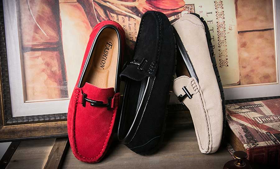Men's leather slip on shoe loafers with T shape buckle