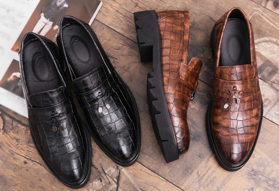 Men's check leather slip on dress shoes with tassel