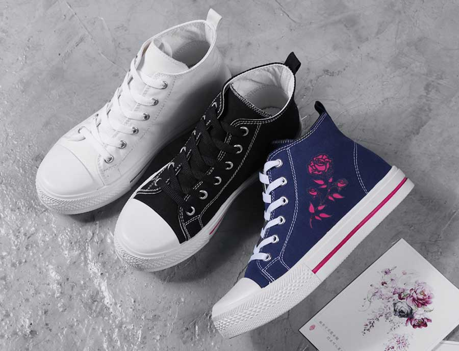Women's canvas floral print lace up sneaker shoe boots