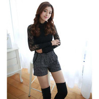 Black check pattern straight style pleated short pant 01