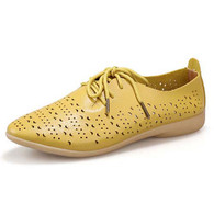 Yellow leather hollow cut point toe lace up flat shoe 01