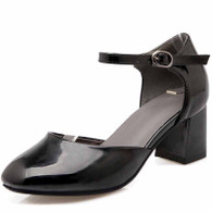 Black buckle strap leather chunky heel shoe sandal 01
