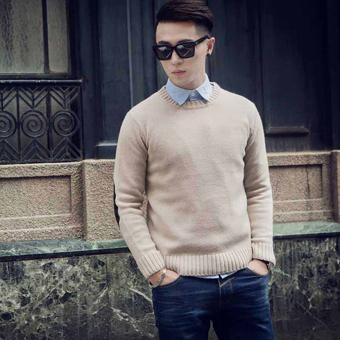 Brown pull over long sleeve sweater 01