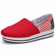 Red flag pattern canvas slip on platform shoe 01