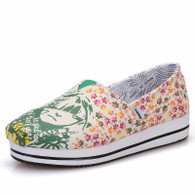 Green floral girl pattern canvas slip on platform shoe 01