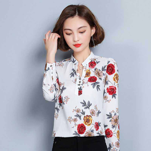 White floral pattern print long sleeve pull over shirt 01