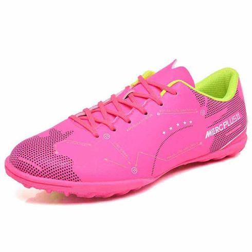 Pink label text pattern print soccer shoe 01
