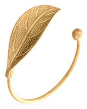 Single Leaf Bracelet