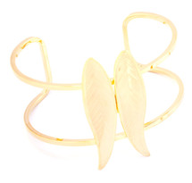 Center Two Feather Wire Cuff Gold
