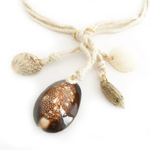 Sunset Shell Necklace: Seen on Code Of Style!
