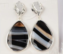 Central Park Onyx Earrings: Gold or Silver