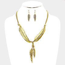All Feathers Necklace: Gold Or Silver