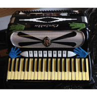 SOLD - CANTELLO 120 BASS ACCORDION