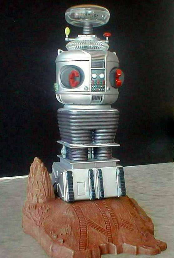 lost-in-space-b9-robot-model-kit-by-polar-lights-5030-.jpg