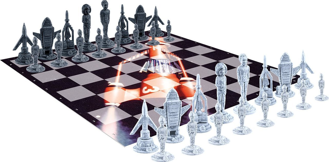 thunderbirds-chess-set.jpg
