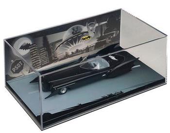 Batman Black & White #3 Die-Cast Metal Vehicle with Magazine