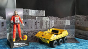 SPACE: 1999 - Alan Carter & Moon Buggy - Deluxe Action Figure Set