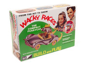 Wacky Races - Compact Pussycat (SNAP) 1:32 Scale Model Kit