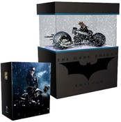 The Dark Knight Rises SDCC 2014 Exclusive Catwoman on Bat-Pod 1:18 Scale Statue