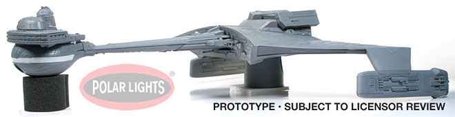 Star Trek - Klingon K't'inga 1:350 Scale Model Kit