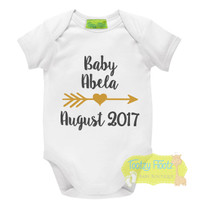 Baby Announcement Onesie - Baby / Arrow Heart / Due Month & Year