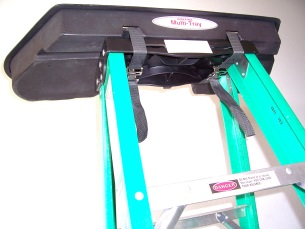 attach-multi-tray-to-step-ladder.jpg