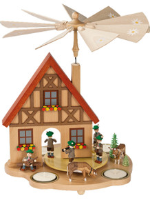 16241 Musicians with House Scene Tea Light Christmas Pyramid
