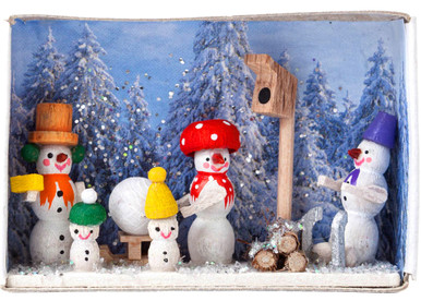 BF-028130 Snowman Family Matchbox from Germany