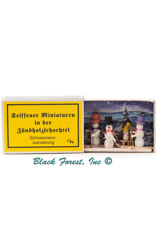 028-174 Snowmen on Skis Matchbox from Germany