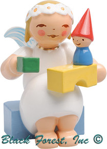 634-70-36 Wendt and Kuhn Marguerite Angel Sitting with Building Blocks