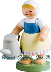 5221-1 GIRL WITH WATERING CAN FROM WENDT AND KUHN
