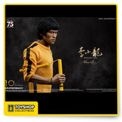 "From Enterbay  1/6 Scale Real Masterpiece Bruce Lee 75th Anniversary Figure. Built on the newly developed action body with more than 30 points of articulation and a newly developed headsculpt with authentic and detailed likeness of Bruce Lee, this figure features his signature yellow and black jumpsuit from his 1978 film ""The Game of Death"" and is limited to 3500 pieces worldwide."