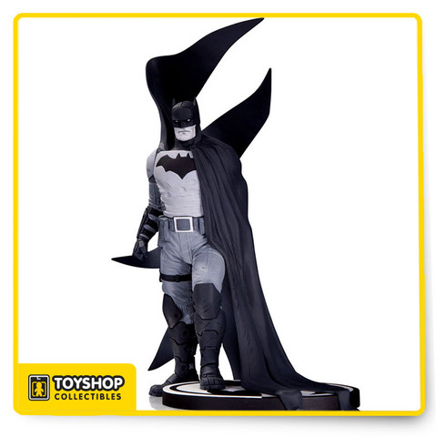 "Designed by RAFAEL ALBUQUERQUE Sculpted by JONATHAN MATHEWS DC Collectibles' longest running line of statues adds another winner with this new rendition of the Dark Knight based on the powerful artwork of Rafael Albuquerque. Limited Edition of 5,200. Measures approximately 9.25"" tall."