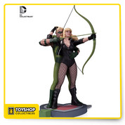 "From the cover of GREEN ARROW/BLACK CANARY #1 comes one of the DC Universe's hottest couples, as designed by artist Cliff Chiang! You'll be on target if you order yours today! Limited Edition of 5,200 Measures Approximately 12"" Tall"