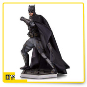 Ben Affleck's Dark Knight returns to the big screen in Justice League, and to statue form with a new, detailed tactical Batsuit! Created in the world-class actor's likeness, this Batman statue is essential to any Batman or Justice League collection.