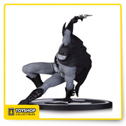 "Designed by Bryan Hitch, Sculpted by Clayburn Moore. Designed by acclaimed artist Bryan Hitch comes the latest statue to add to your collection. Don't miss your chance to pick up this statue capturing Batman launching into action! Limited Edition of 5,200; Measures Approximately 6.25"" Tall"