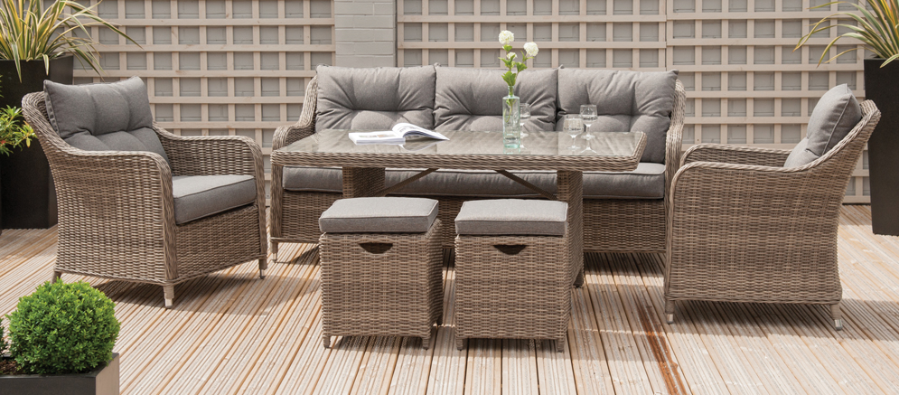 Antigua Relaxed Seating Dining Set