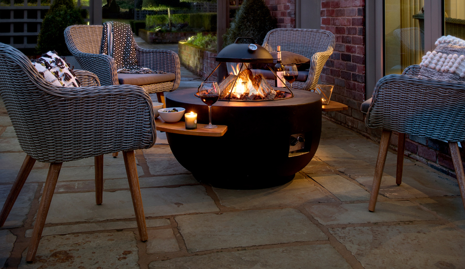 Outdoor Gas Fire Pits from Qubox