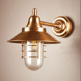 Wall Light - Classic Lantern 40W Antique Brass