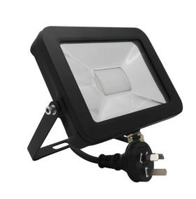Flood Light - 30W 2400lm IP65 5000K 180mm Matte Black - Min10