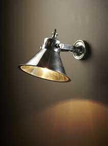 Wall Lamp In Silver - MNT