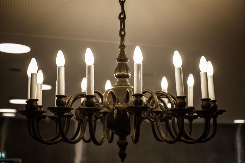 Modern minimalist bedroom chandelier