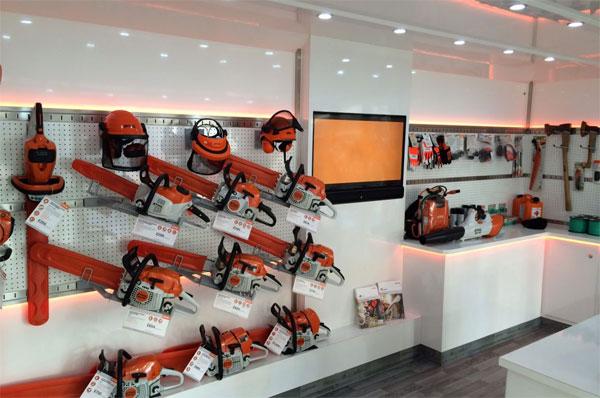 Lighting Style - Global Product Company Showroom Lighting