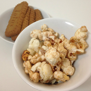 biscoff® vanilla cookie  gourmet popcorn