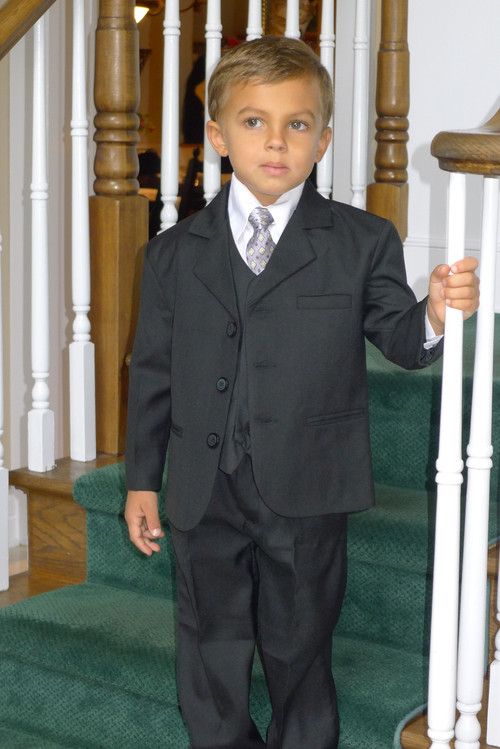 This high quality five piece Communion suits is an incredible buy!  Set includes jacket, pants, vest, dress shirt and adjustable tie. Regular and Husky Sizes available.  Size chart and directions on the product description page