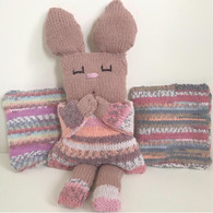 Shy Hare Knitting Kit