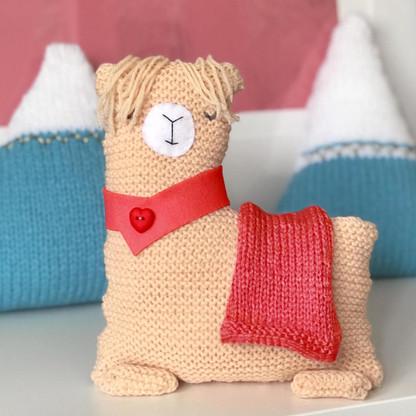 no drama llama knitting kit red
