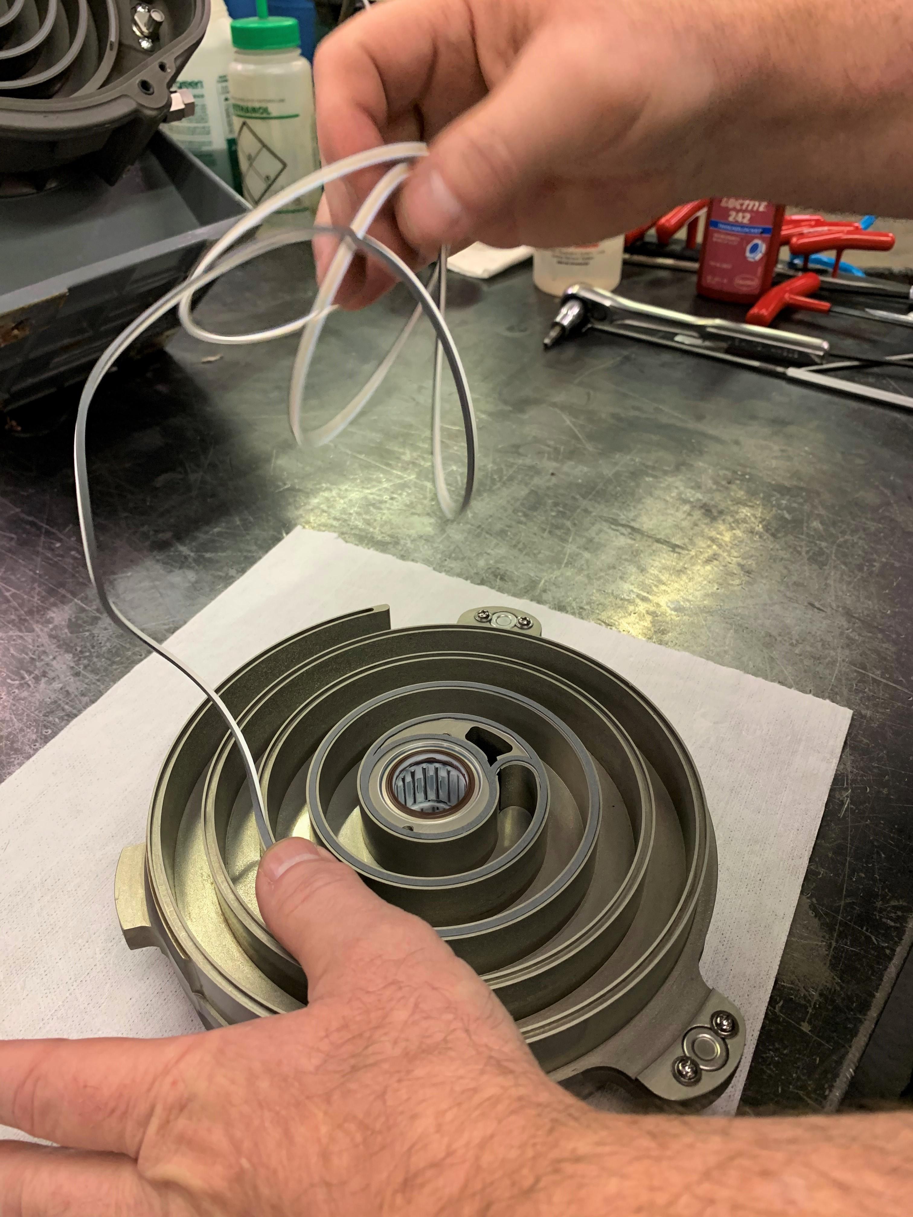 scroll-pump-repair-2-.jpg