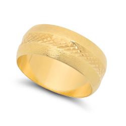 14k Gold Plated 8mm Diamond-Patterned Sand Blasted Textured Band + Microfiber
