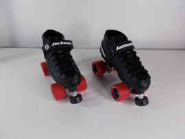 **CLOSEOUT** Vantage Viper Speed Roller Skate Size 6 with Red Trak Atak Wheels